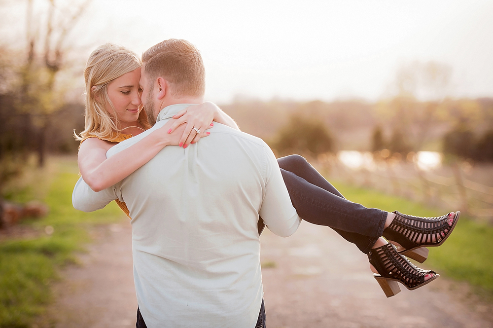 75-Kansas City Engagement Photographer.jpg