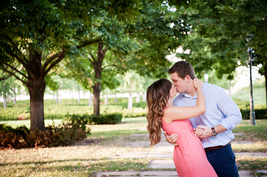 36-Kansas City Engagement Photographer.jpg