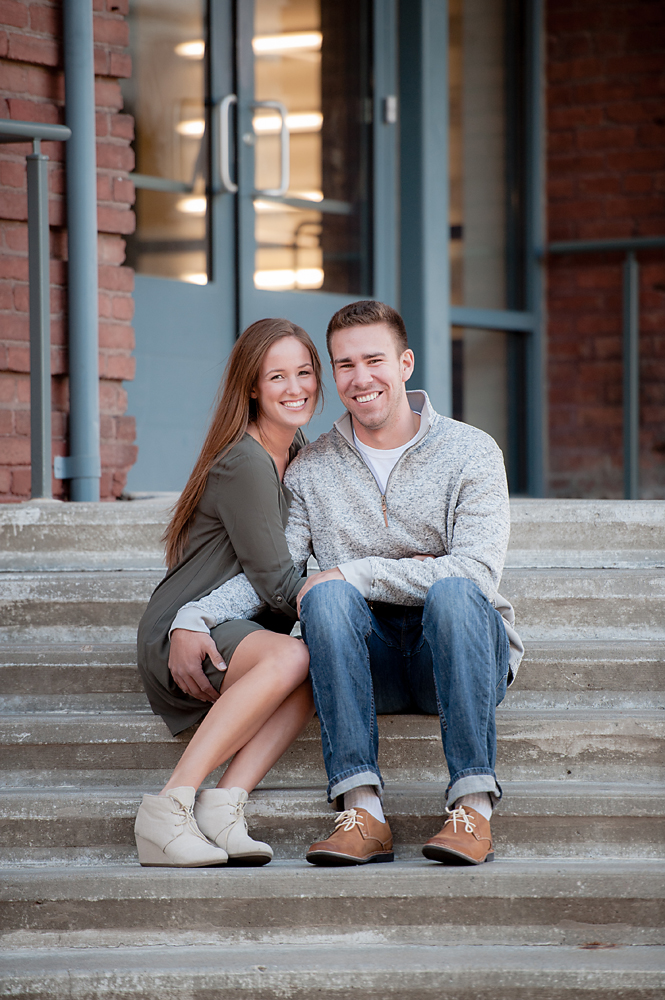 09-Kansas City Engagement Photographer.jpg