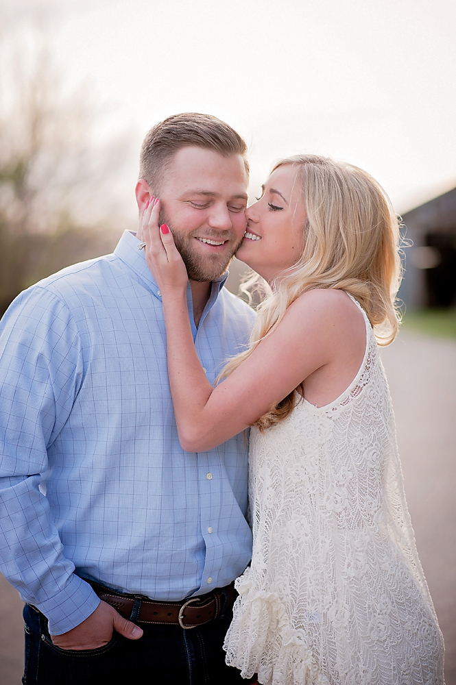 34-Kansas City Engagement Photographer.jpg