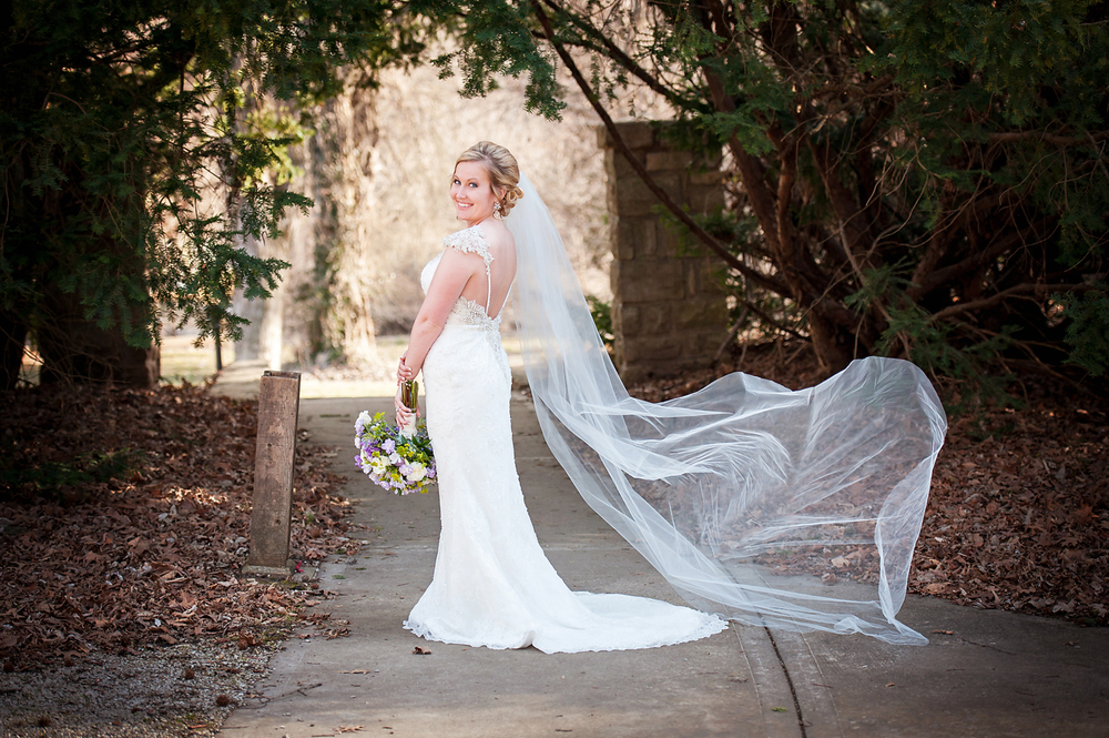 Bridal portrait at The Elms