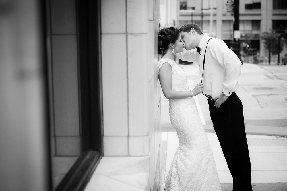 156-Kansas City Wedding Photographer.jpg