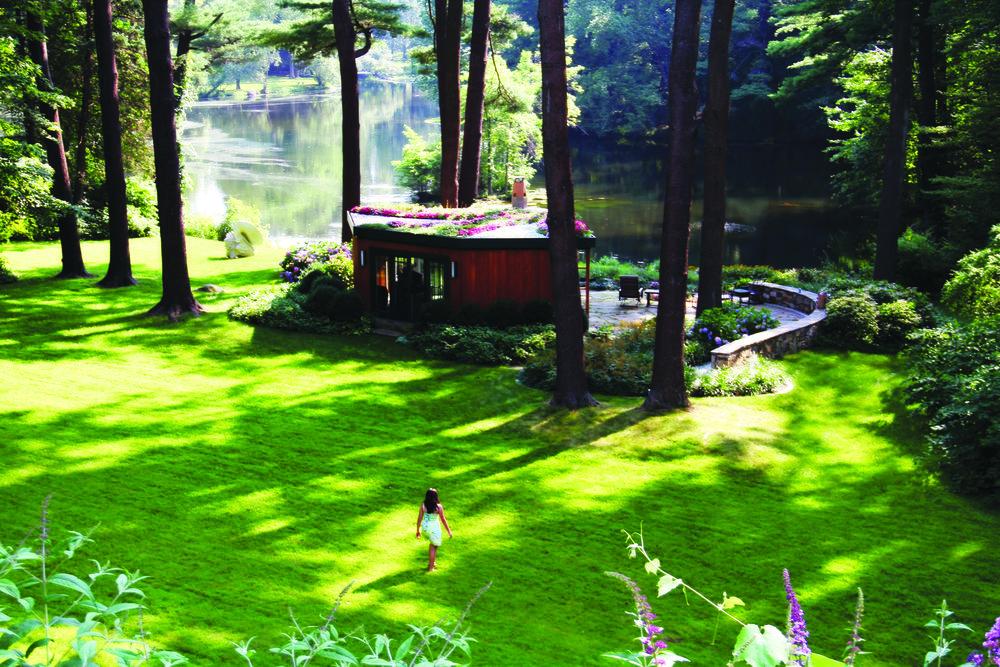 2-Stroll to Garden Pavilion.jpg