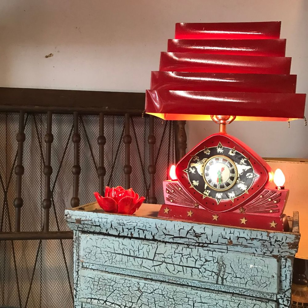 red lamp july 2018.jpg