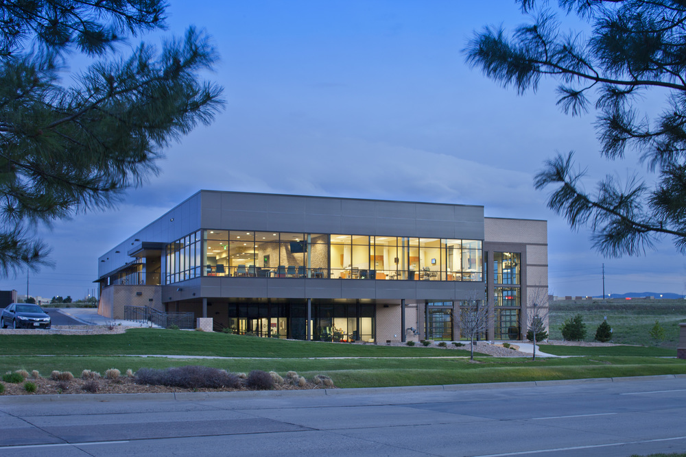 D-1 Sports  Orthopedic, Athletic Training, Rehab & Physical Therapy Facility  Denver, CO - 35,000 SF