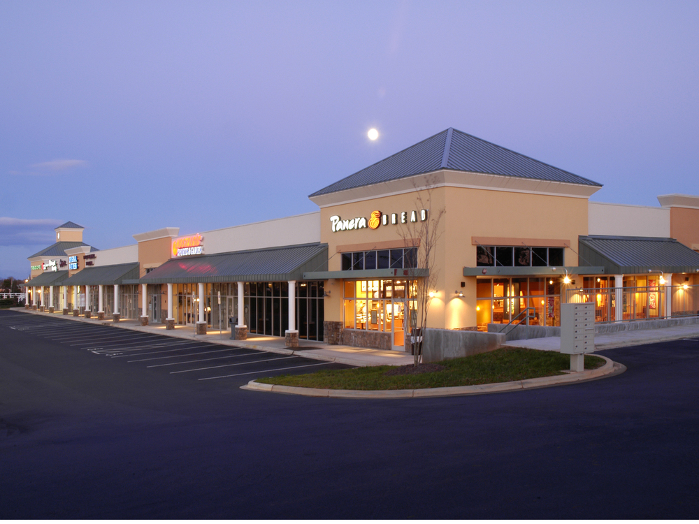 Martin Crossing Shopping Center   Mooresville, NC - 24,000 SF