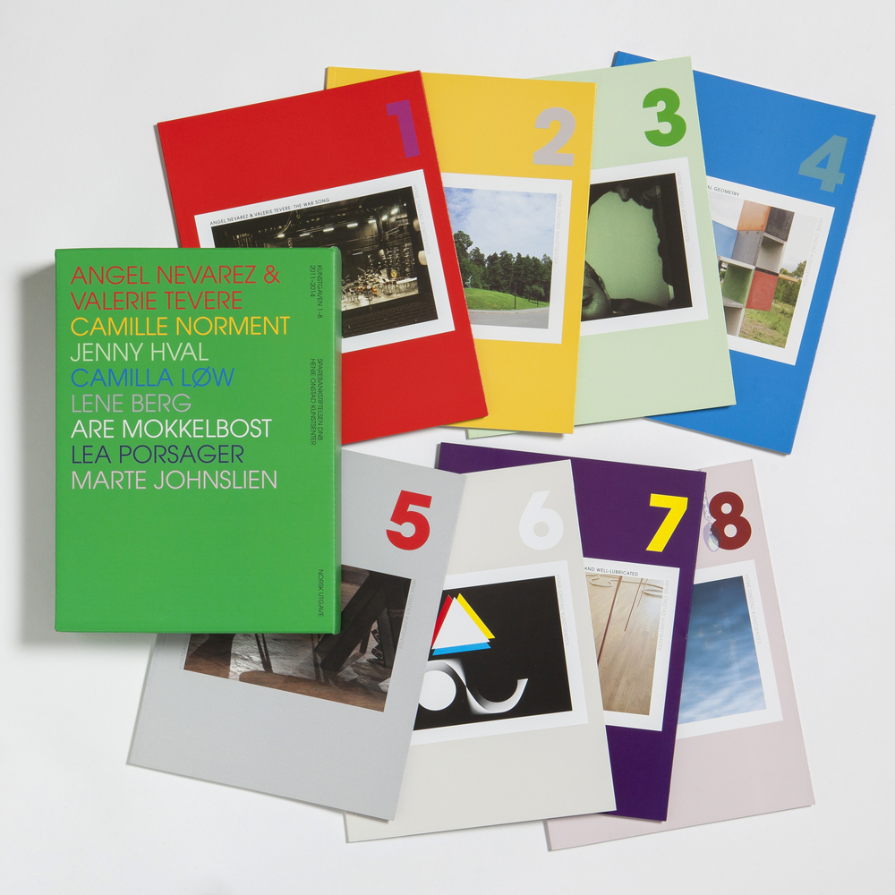 Collection of catalogs of commissioned work for Henie Onstad Art Center, funded by Sparebankstiftelsen. Design by Peder Bernhardt.