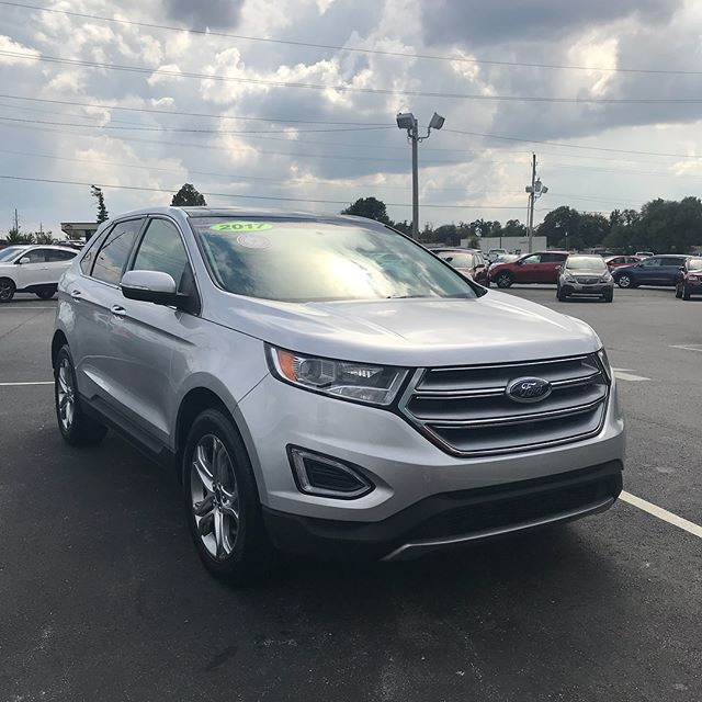 2017 Ford Edge Titanium  Leather ✅ Panoramic moon roof ✅ AWD ✅ Less than 20k miles ✅  Call 479-303-7284 or visit www.rathauto.com