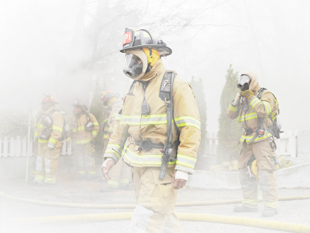 Firefighter_SmokeWalking.jpg
