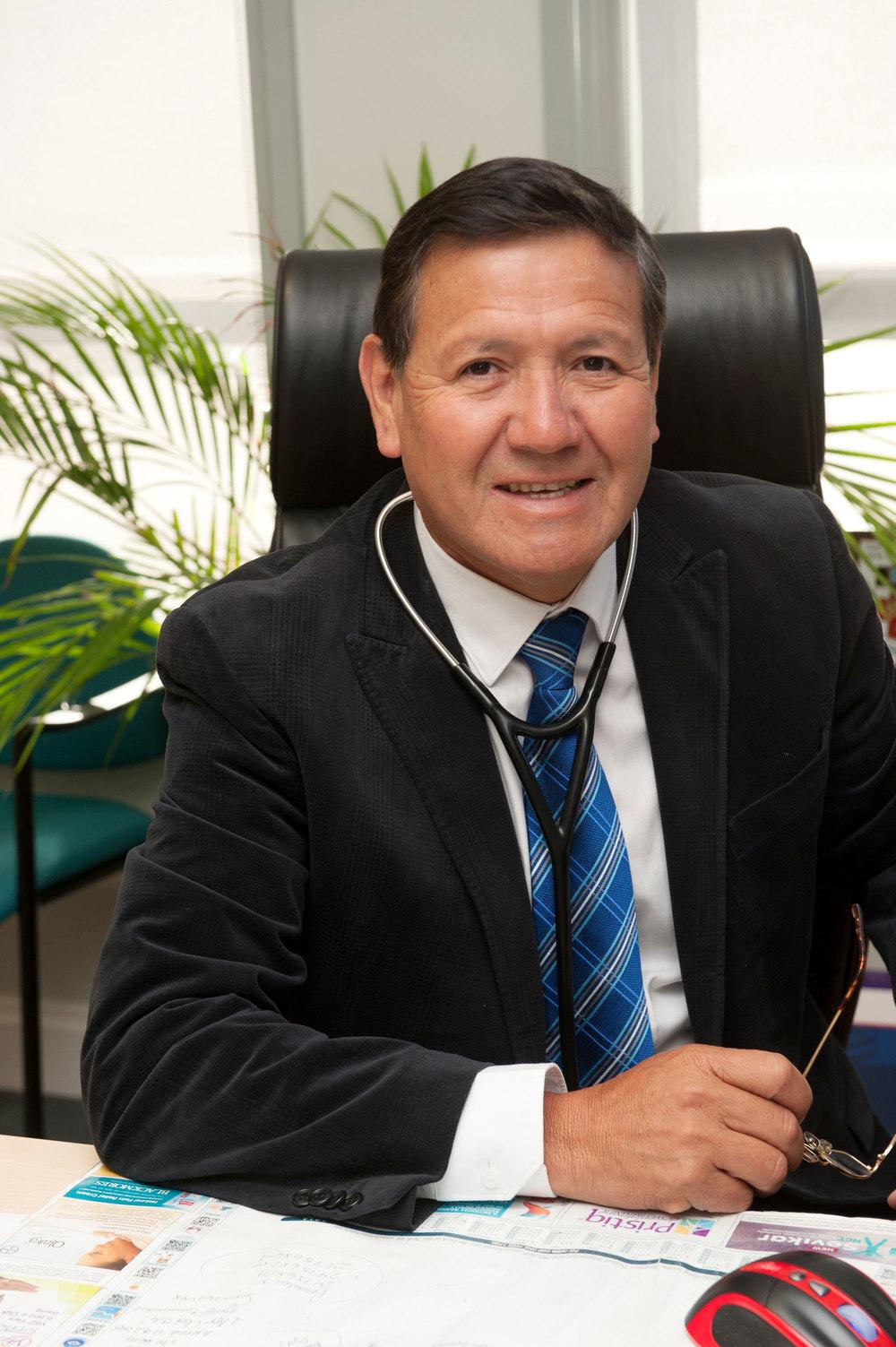 Dr Arturo Jeri