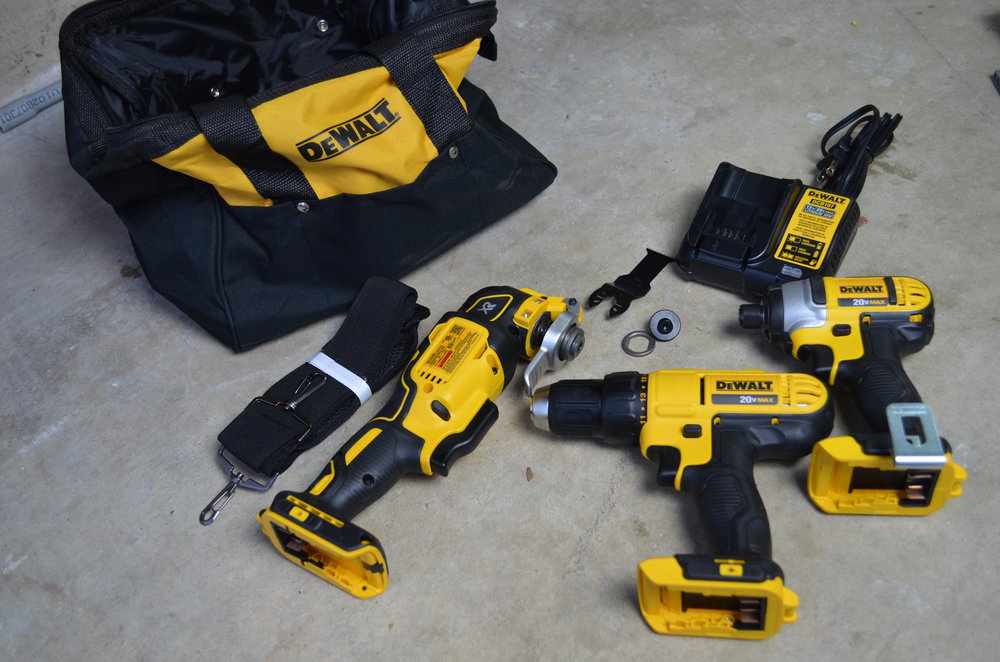 DeWalt-3-Tool-20v-MAX-Cordless-Combo-Kit