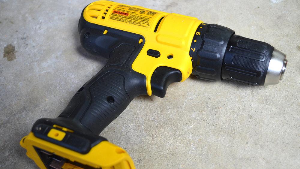 DeWalt-3-Tool-20v-MAX-Cordless-Combo-Kit-standard-drill