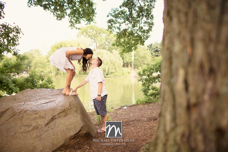 Nikki-Peter-Central-Park-Engagement-0010.jpg