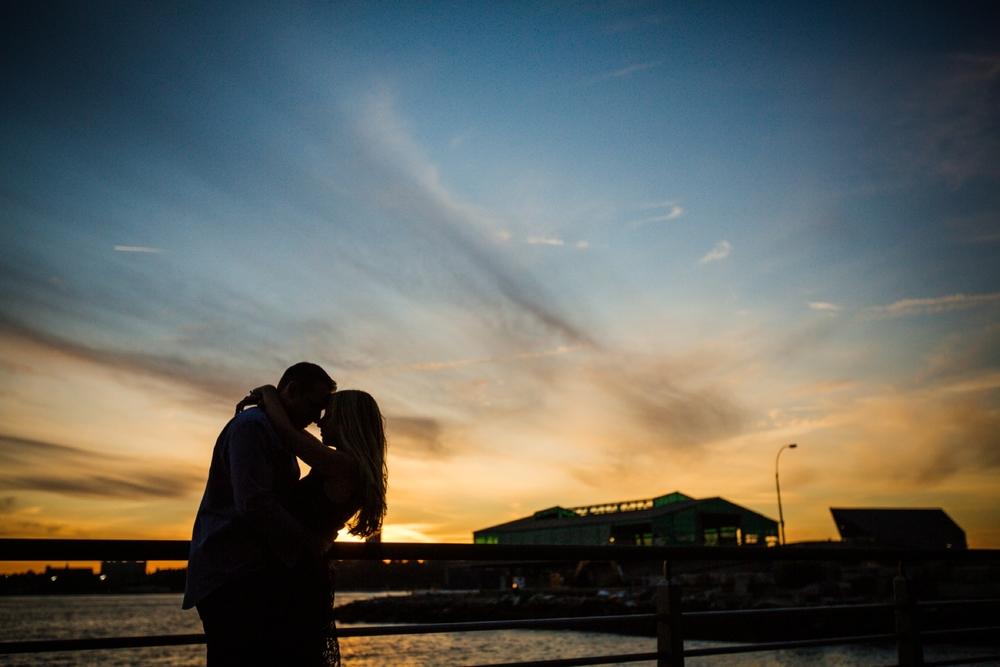 Hudson-River-Engagement-Photos-0002