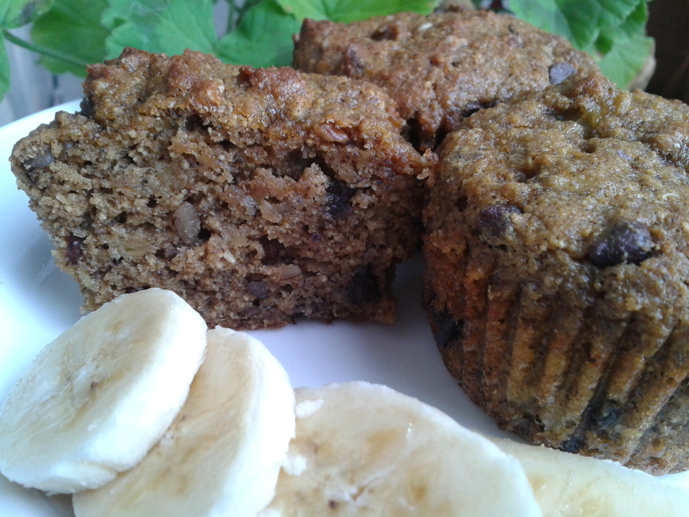 banana chocolate chip muffins 2.jpg