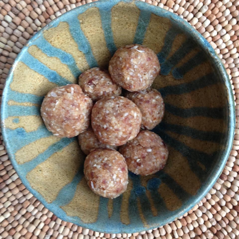 lucuma maca energy balls.jpg