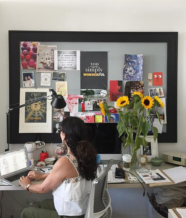 @nancyriesco in her natural habitat 🌻#RiescoLapresStudio