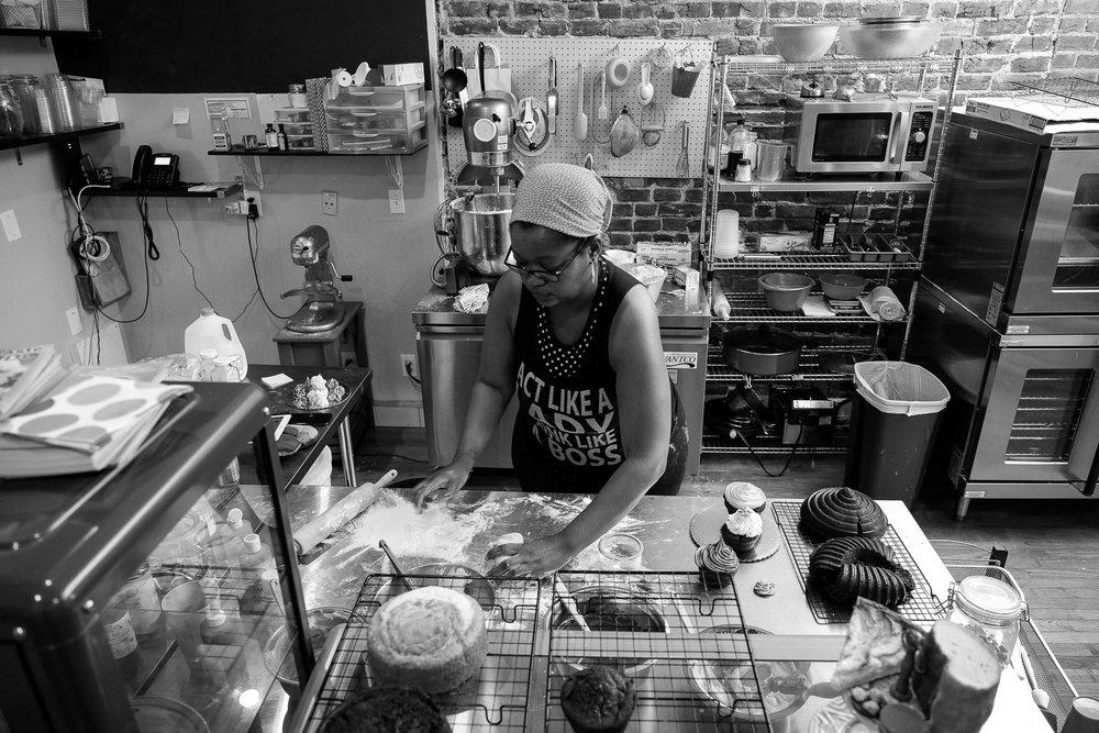 Sweeter Hue Bakery - Melissa Biggins