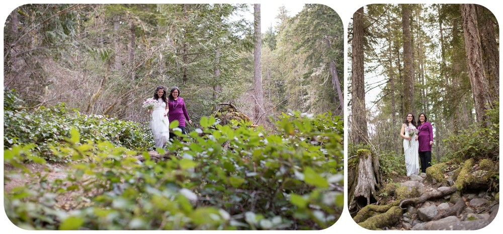 Mom walks bride down forest aisle, rustic vancouver island wedding photographers