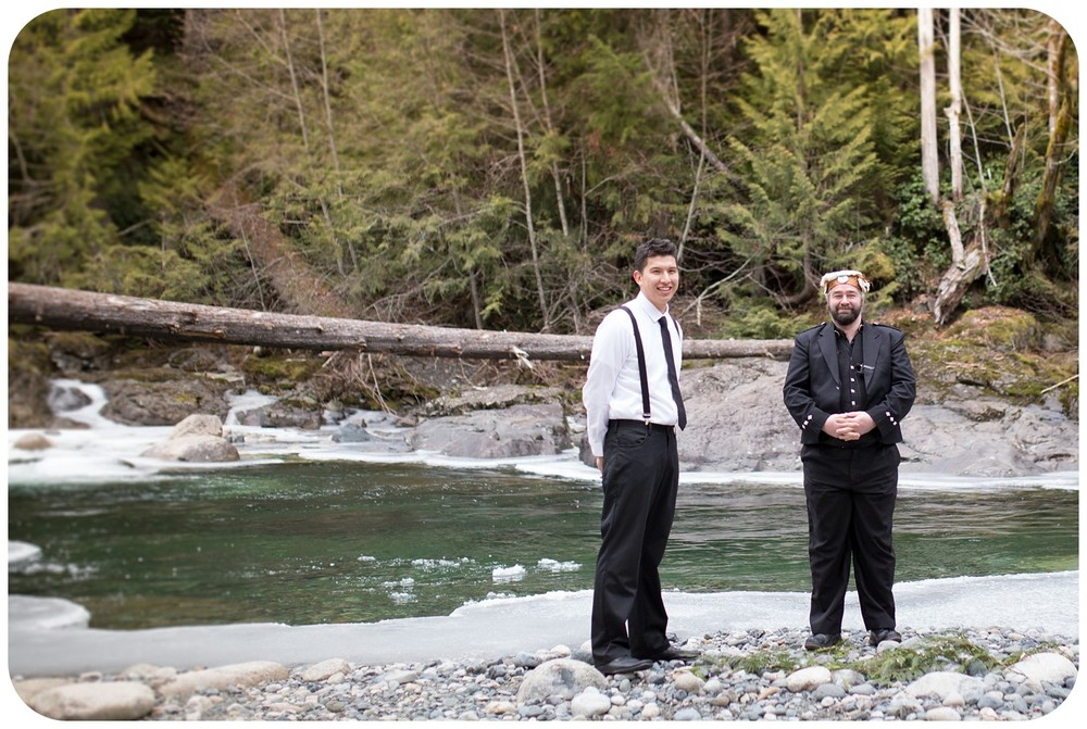 groom sees bride for first time, riverside wedding ceremony, englishman river falls elopement photographer