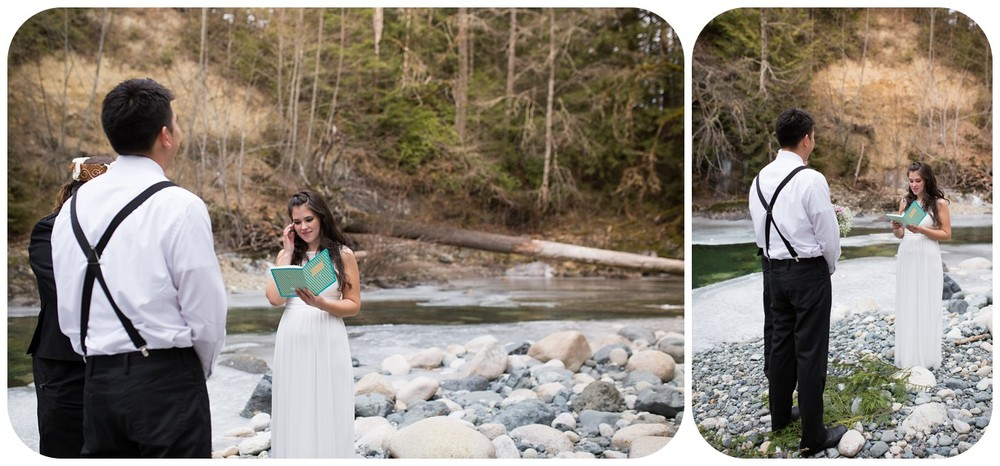bride reads wedding vows, romantic parksville wedding photographer