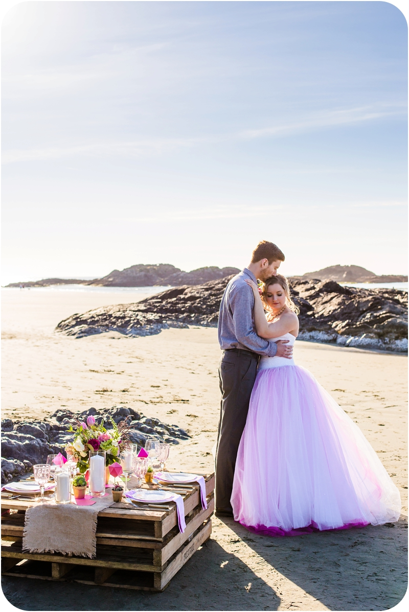 wickinnanish-beach-elopement-styled-hot-pink-tofino-weddings-4