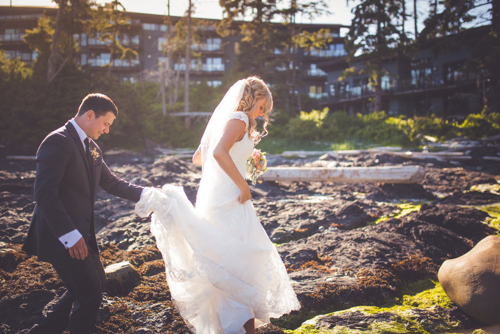 black-rock-oceanfront-resort-weddings-ucluelet-bc-courtney-jake-417.jpg