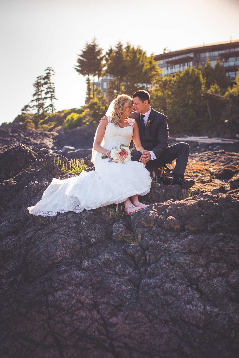 black-rock-oceanfront-resort-weddings-ucluelet-bc-courtney-jake-407.jpg