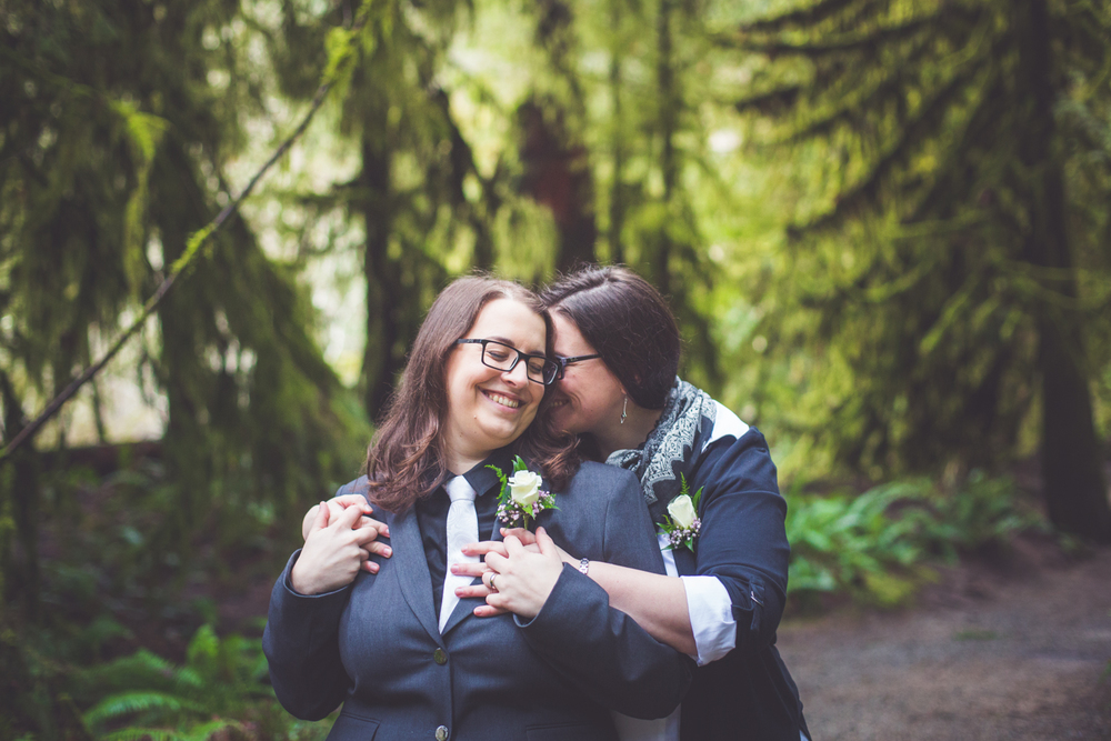 cathedral-grove-elopement-photos-30.jpg