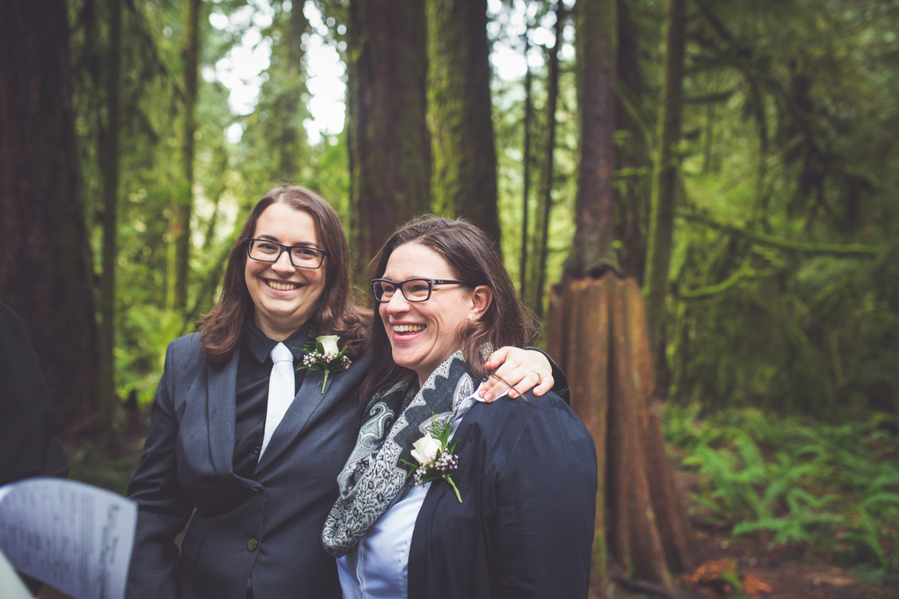 cathedral-grove-elopement-photos-25.jpg