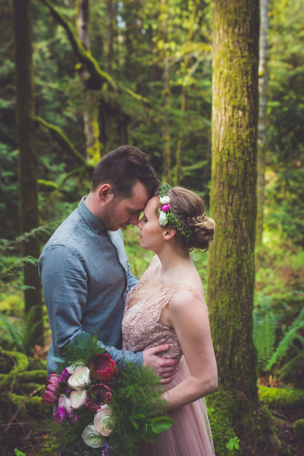 romantic couples portraits qualicum beach bc