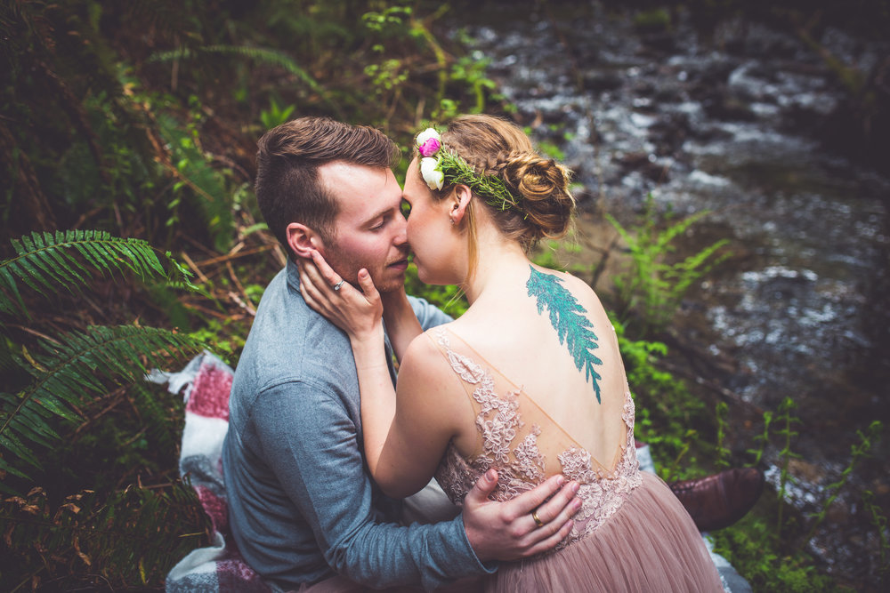 Forest Elopement photographer Vancouver Island BC