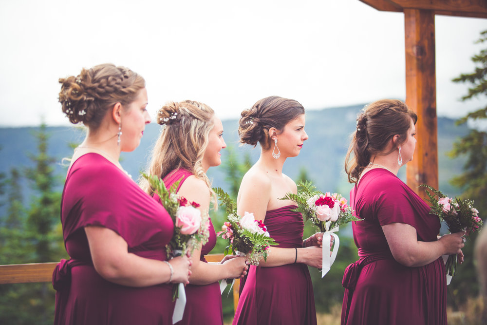bridesmaids at mount washington resort wedding