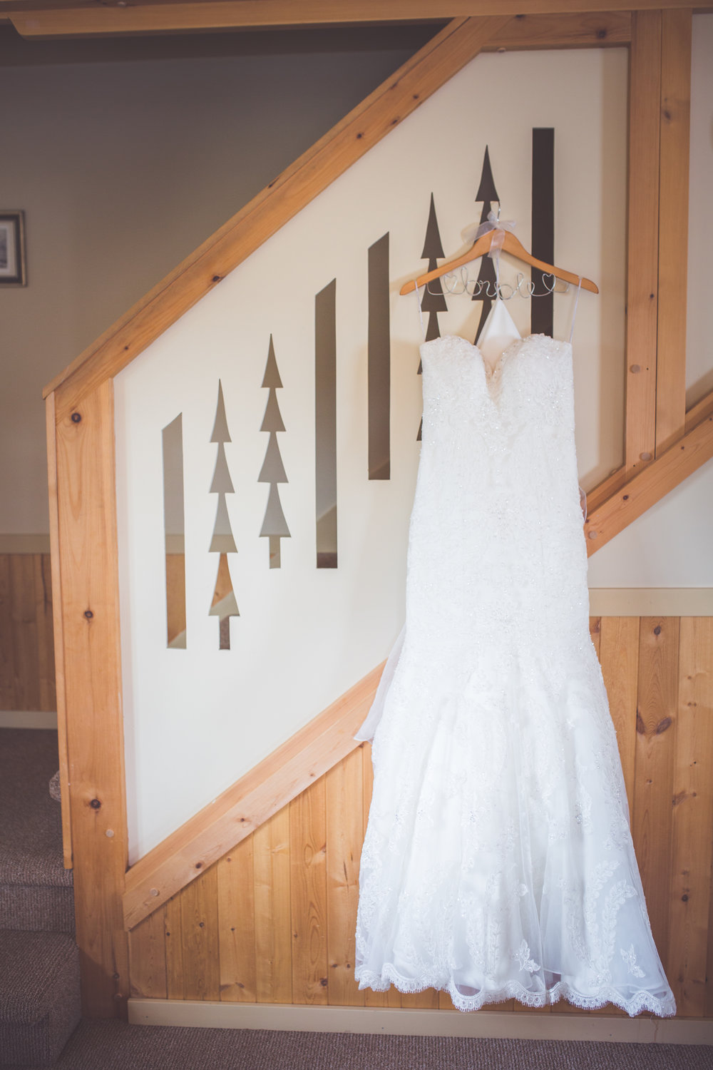 bridal gown details for mount washington resort wedding