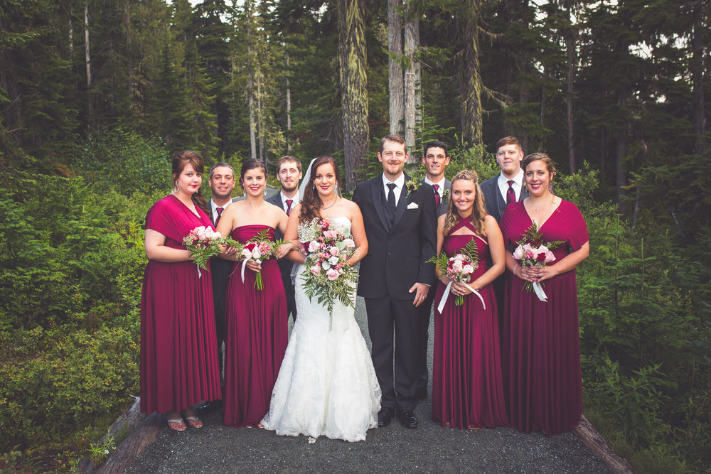 bridal party photos at mount washington resort