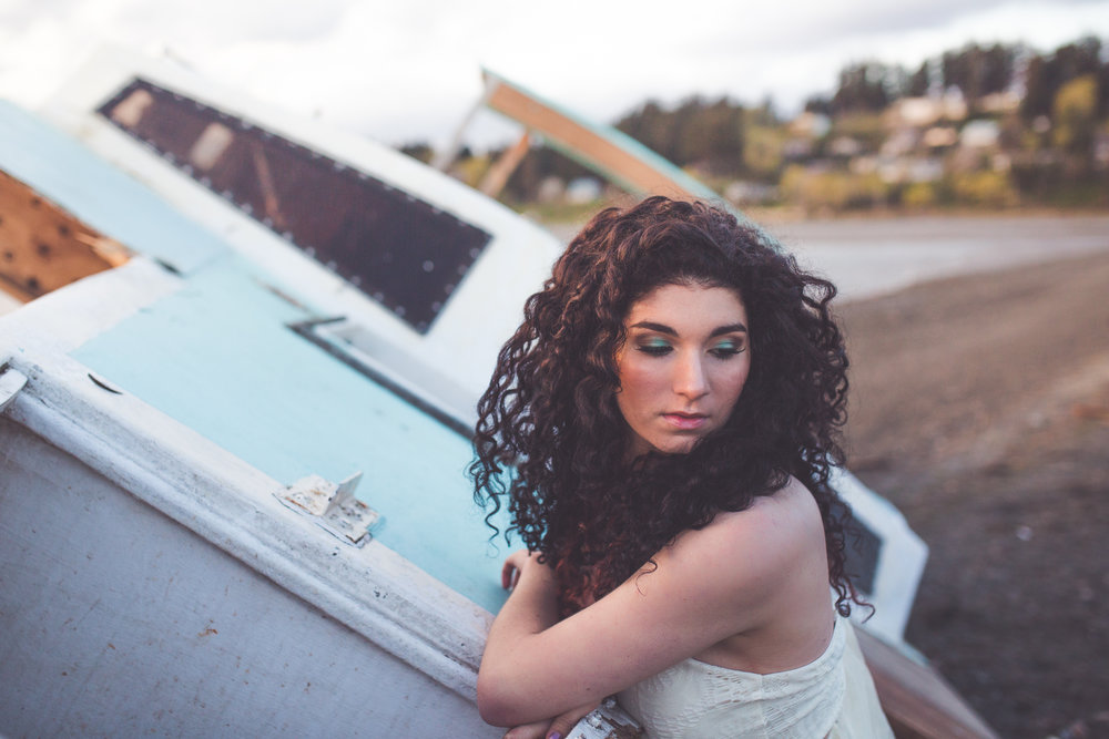 shipwrecked themed bridal shoot
