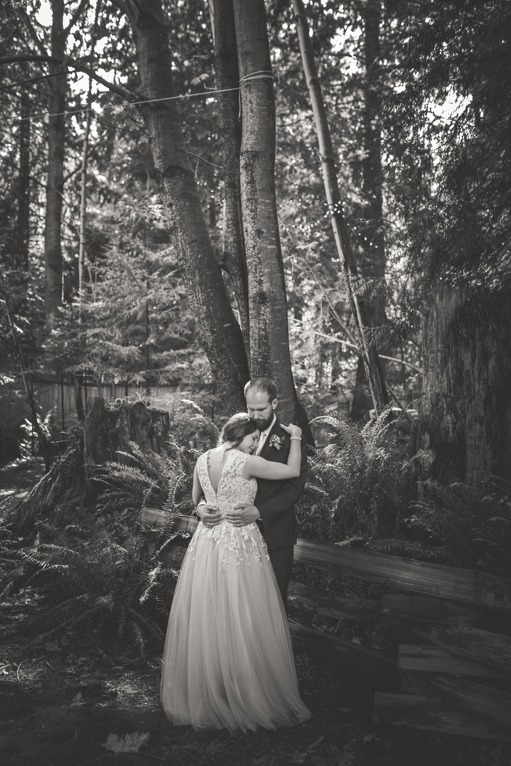 Vancouver island weddings in forest
