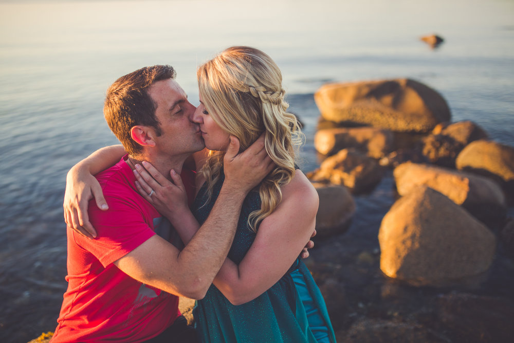 sunset engagement photos at vancouver island beach