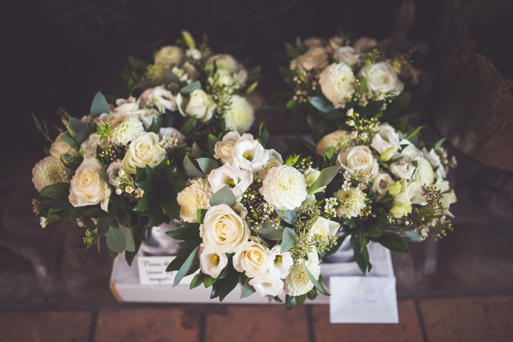 petal and kettle wedding flowers