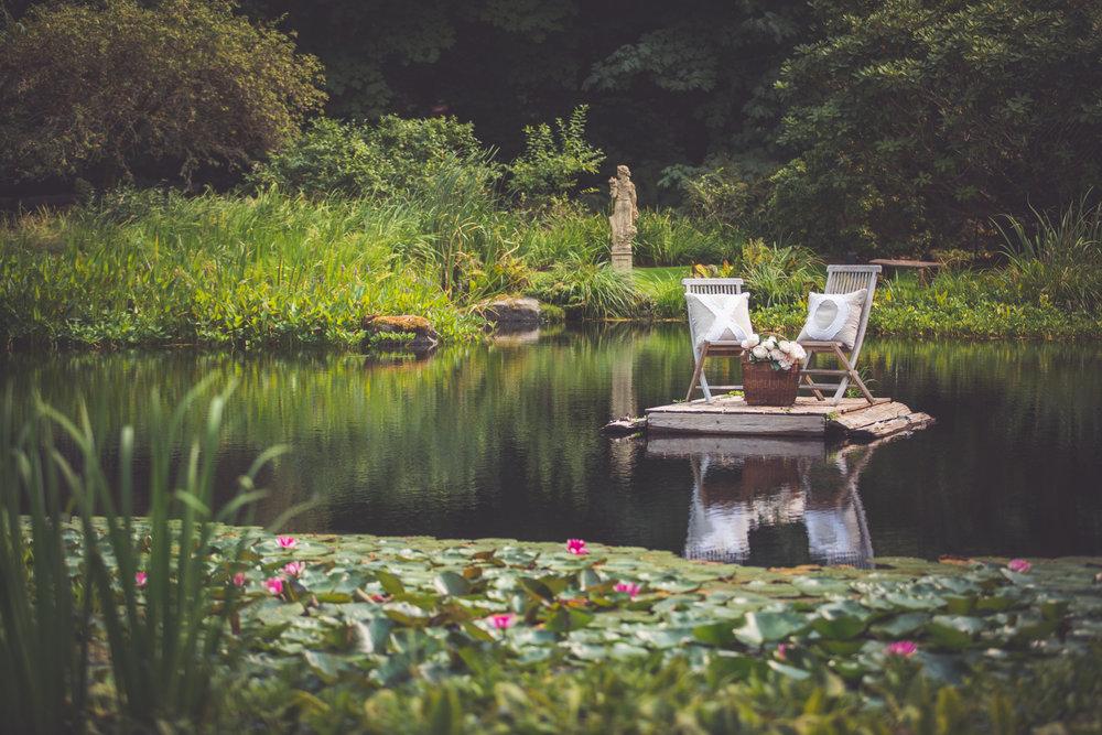 pond backdrop Qualicum Beach backyard wedding