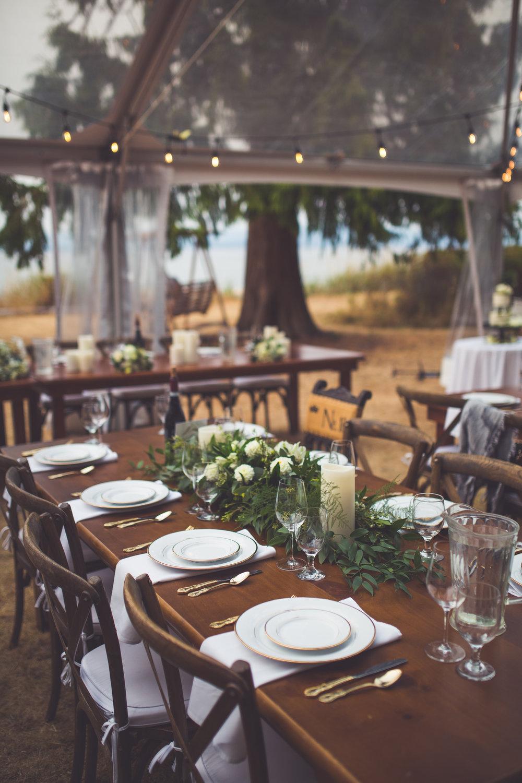 guest tables at Qualicum Beach oceanfront wedding