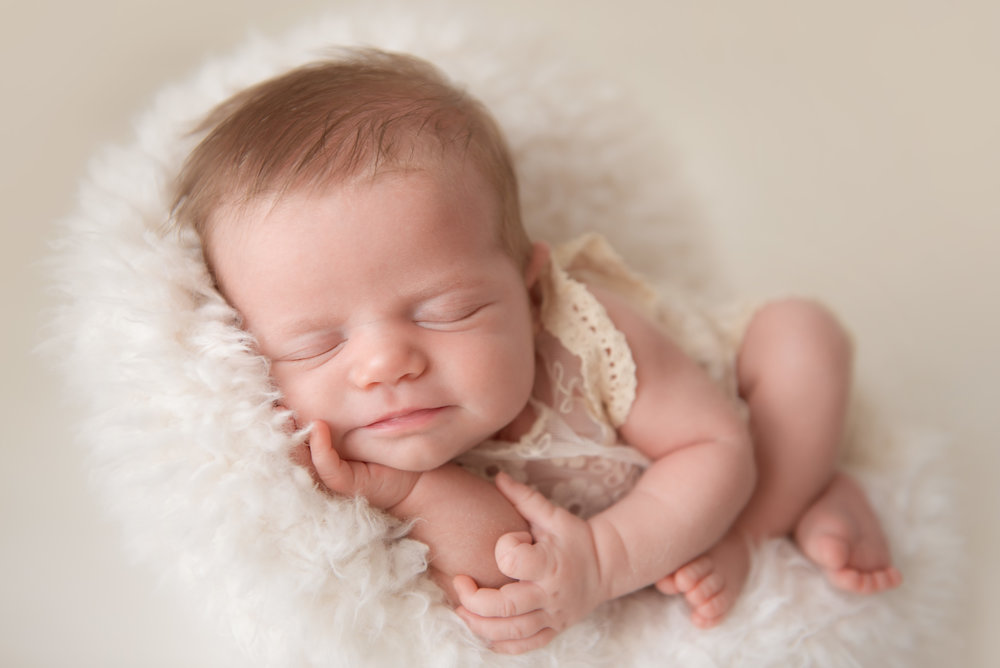 newborn photographer richmond hill ga