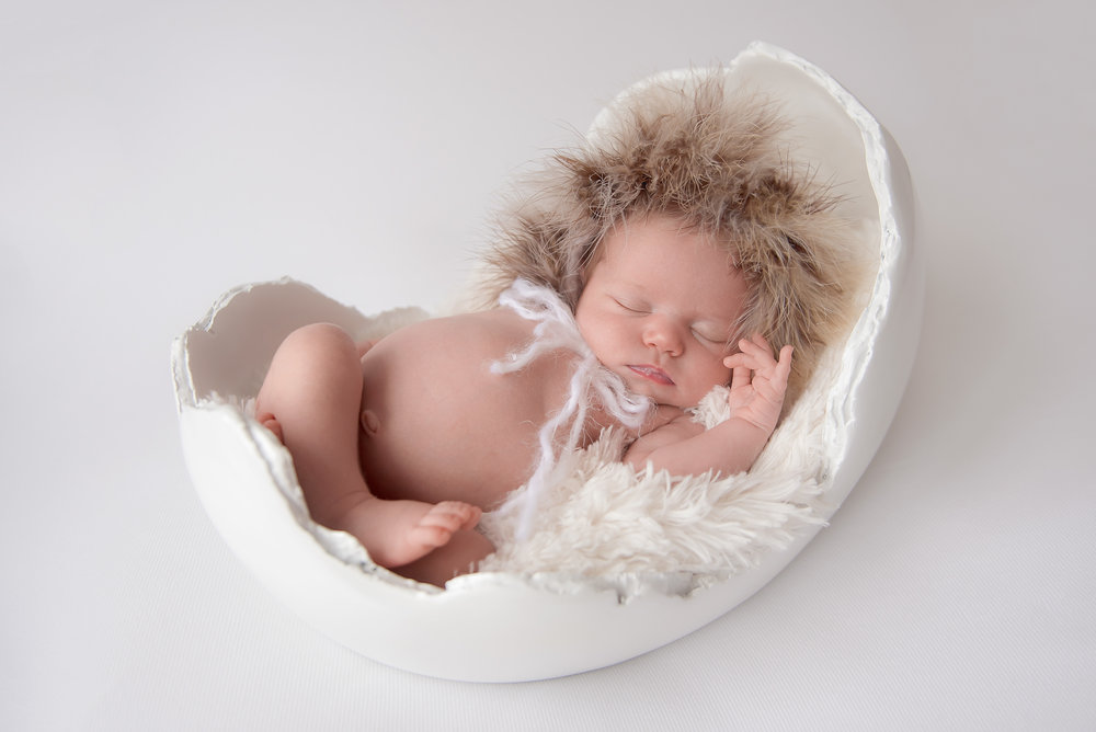 newborn photographer savannah ga