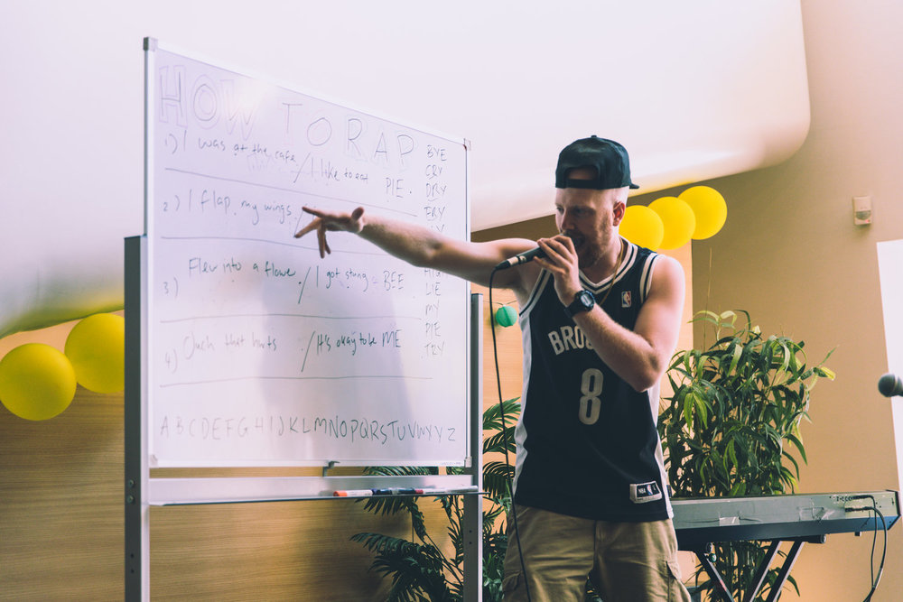 "Defron delivering a ""How to Rap"" workshop at Melbourne Recital Centre's Music Play Festival. Photo: Josh Chaffey (2018)"
