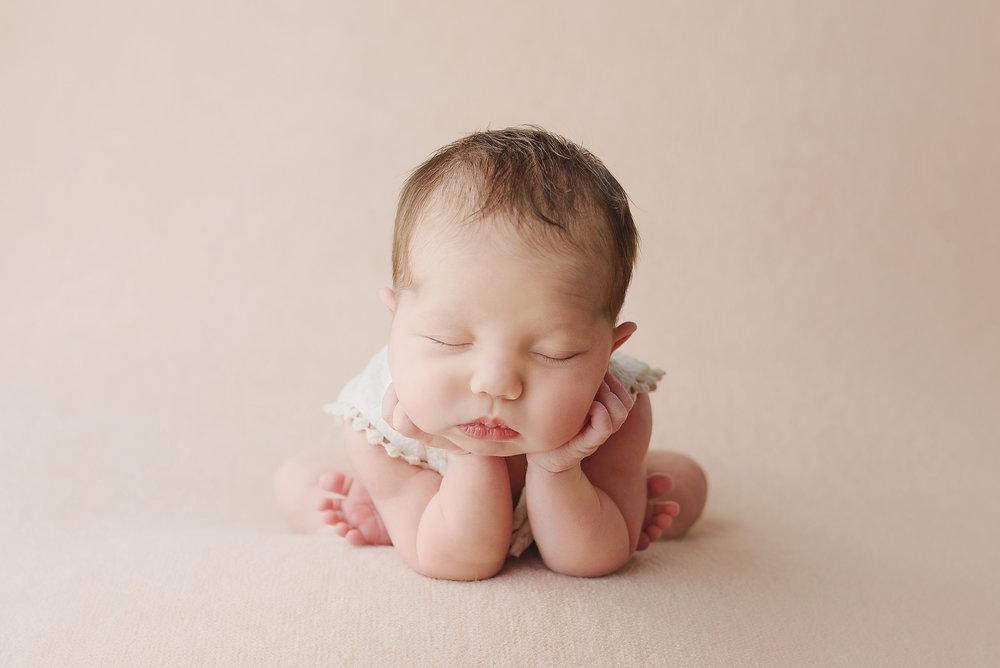 Newborn-8641.jpg