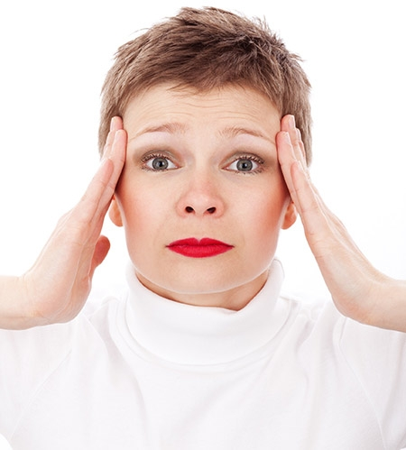 Don't suffer through headaches. Visit your Weaverville Chiropractor, Dr. Chris Thompson.   Pexels.com photo. CC0 license.