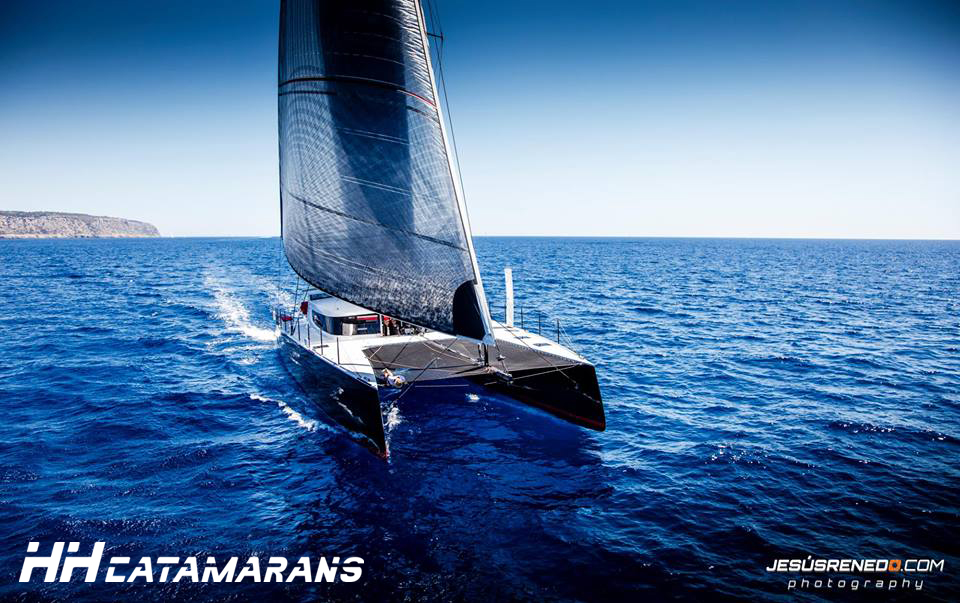 HH Catamarans HH66 R-Six (4).jpg