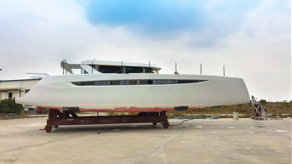 5504 stbd side hull edt.jpg
