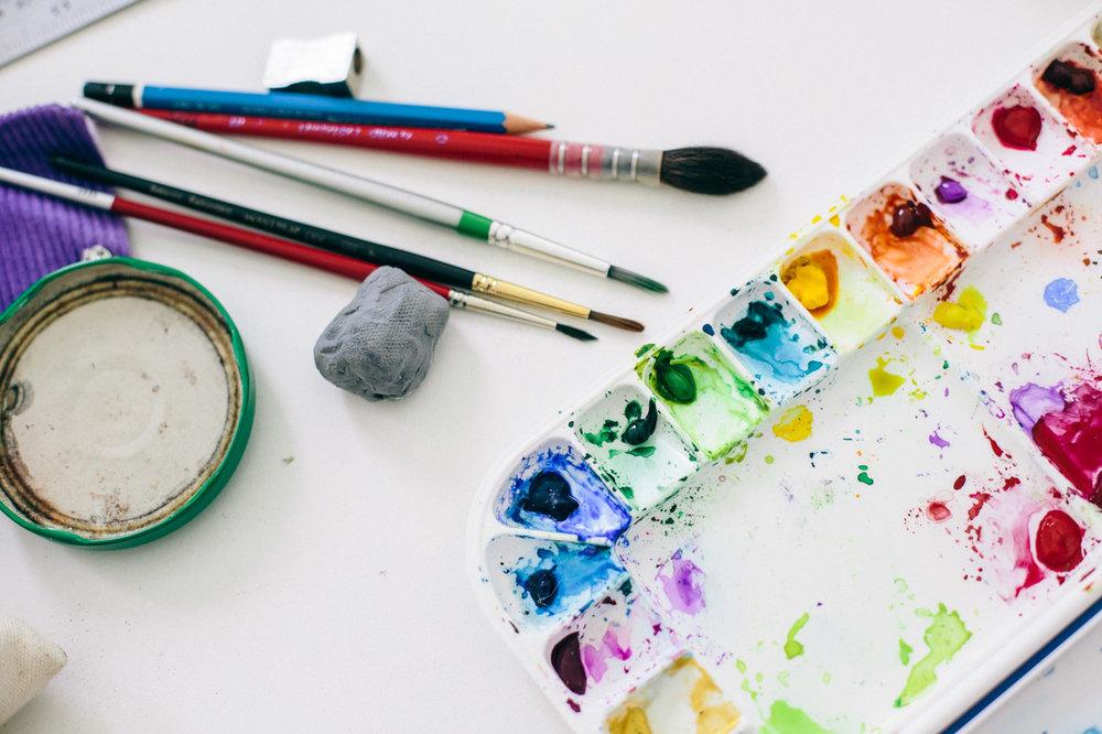 miss yasemin palette of watercolours