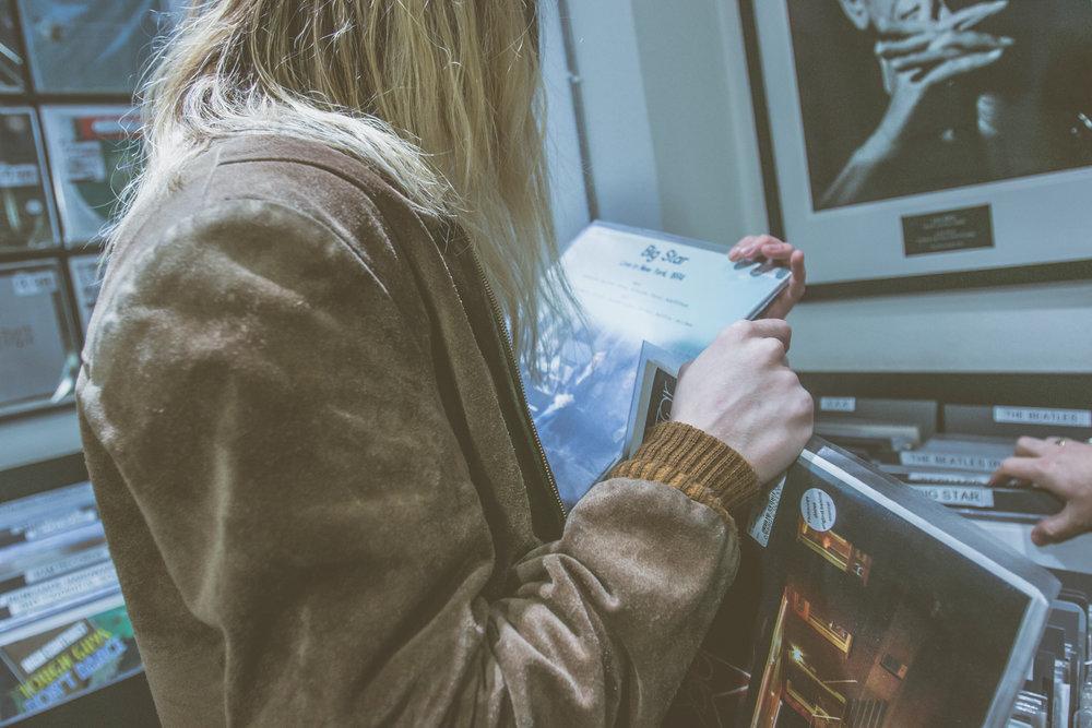 Isaac Gracie - Record Shopping - Sister Ray - 04.04.2018 - Ant Adams-10.jpg